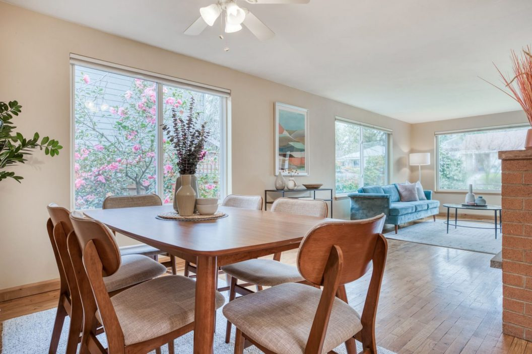 11746 22nd Ave NE - Dining Room